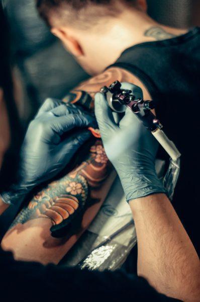 Ученые создали татуировку для раннего выявления рака